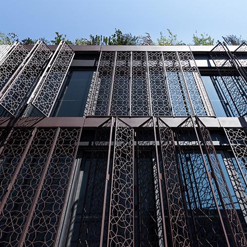 青山の商業ビルの施工事例です。